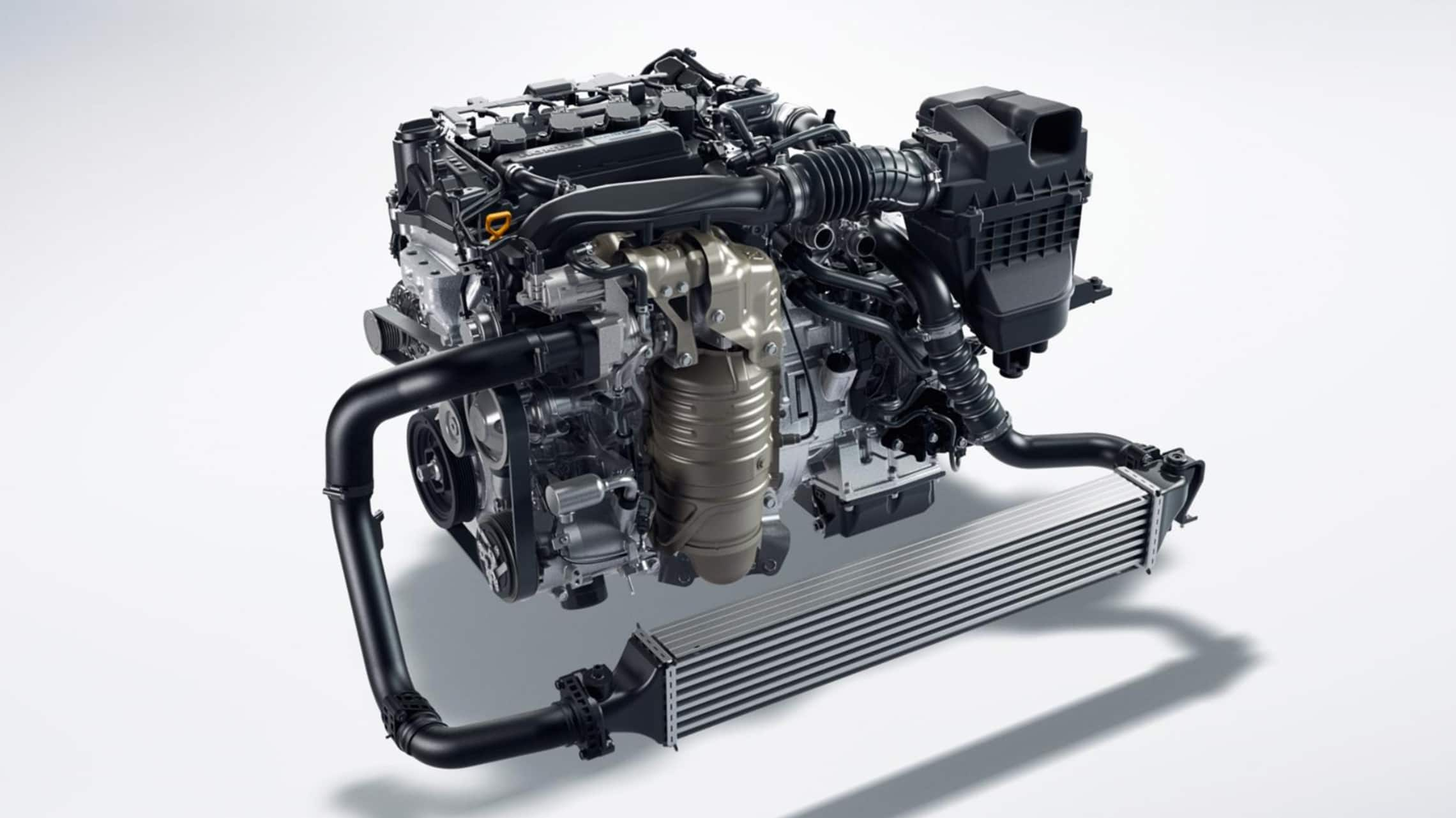 Detalle del motor turboalimentado de 1.5litros en el Honda Civic Hatchback2020.